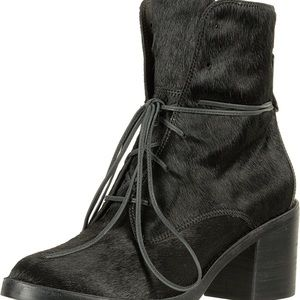 Ugg Oriana Ankle Boots